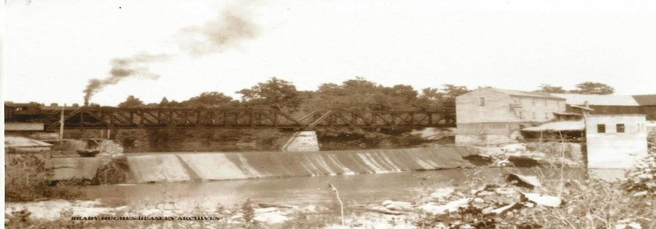 old pic of dam